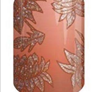 Jamberry Makeup - Jamberry wrap- Fierce Lotus
